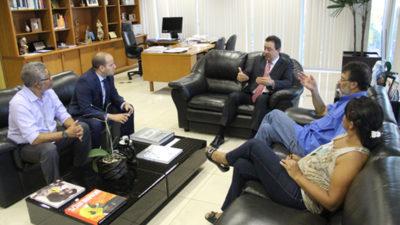 Sindical e Renato Rainha discutem PLP 257/2016 e reposição de perdas