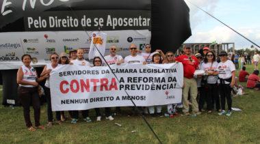 Servidores da CLDF param no dia 28 de abril