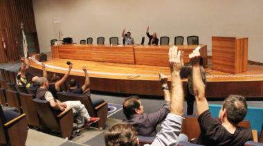 Amanhã, tem assembleia para decidir sobre greve geral