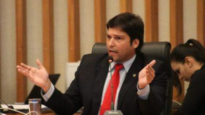 """Nomear todos os concursados é um """"risco muito grande"""" para as contas da CLDF, diz Robério"""