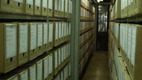 GDF nomeia funcionários sem capacitação para cargos do Arquivo Público