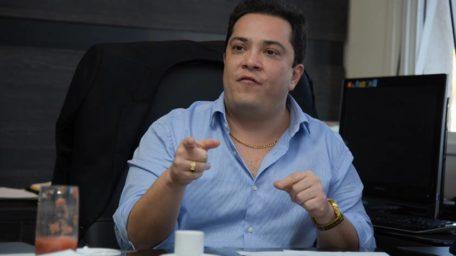 Cassação definitiva – ou absolvição – de José Gomes tem longo caminho