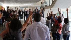 ASSEMBLEIA DECIDE AGUARDAR COMPROMISSO ASSUMIDO PELA PRESIDÊNCIA DA CLDF