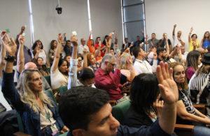 Assembleia decide pela retomada das mobilizações por ponto para todos