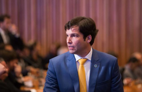 CLDF: parecer da Procuradoria sobre Robério é esperado para hoje