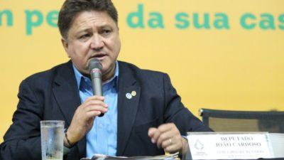 João Cardoso defende servidores contra projeto que amplia vagas para comissionados