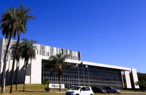 Servidor: sindicato aciona TCDF contra desconto previdenciário de até 22%
