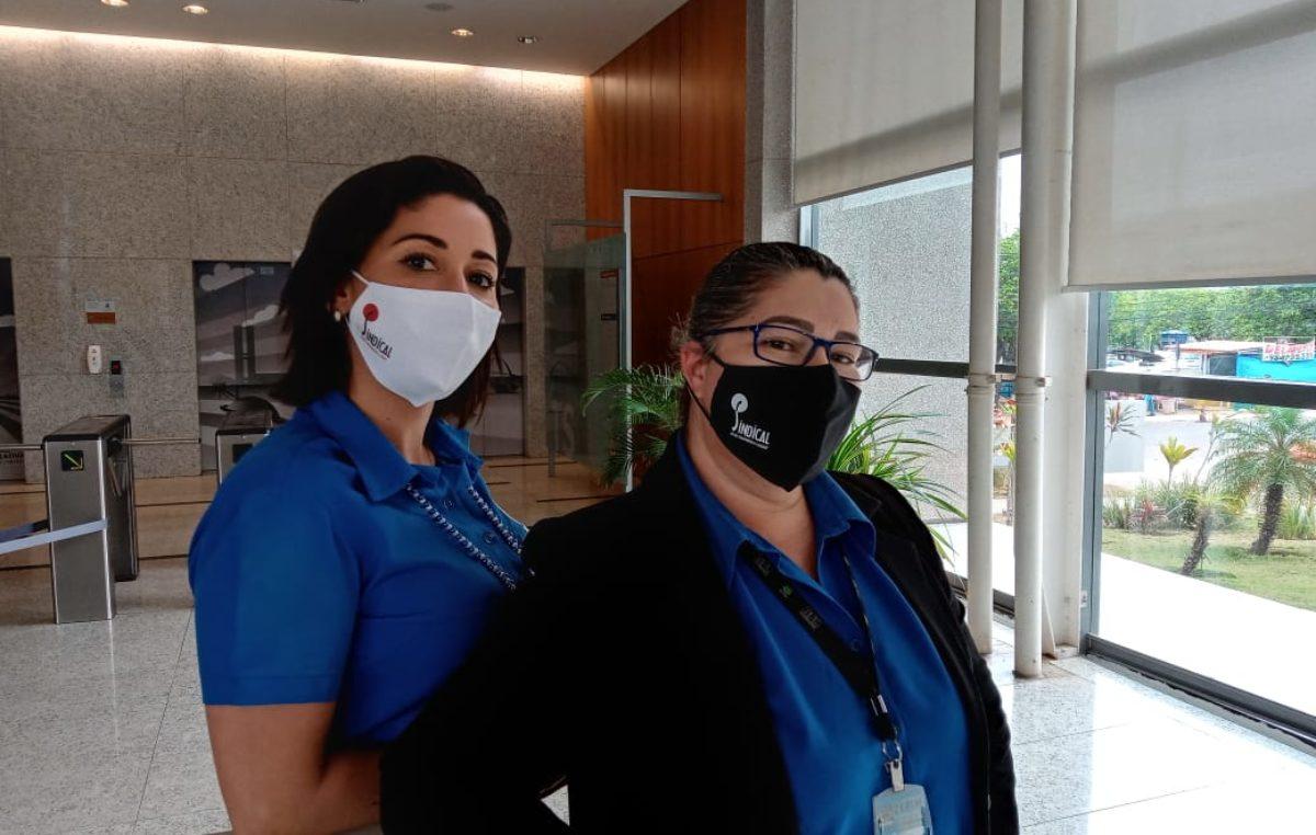 Sindical distribui máscaras personalizadas