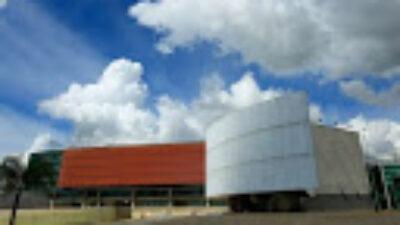 """Servidores alertam que Câmara Legislativa pode se tornar um """"covidário"""" no DF"""