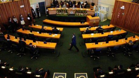 Câmara Legislativa do DF tem 19 pessoas contaminadas pela covid-19